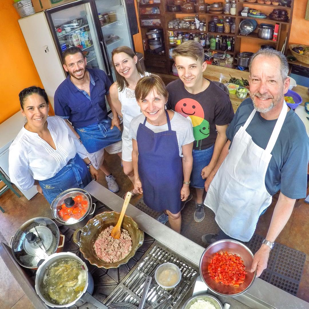 More #familyfun with the Bradys from California at #LaVillaBonita #CulinaryVacation #familyvacation #eatlocal #wecooktogether #mytepoz #mexico #tepoztlan